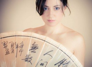 アジア好きな白人女性