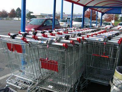 フランスの特大ショッピングカート