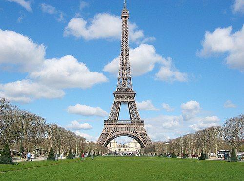 ついに今度はパリ!