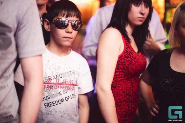 ロシアの子どもナイトクラブがひどい件8