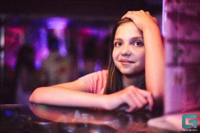 ロシアの子どもナイトクラブがひどい件16