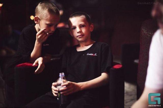 ロシアの子どもナイトクラブがひどい件17