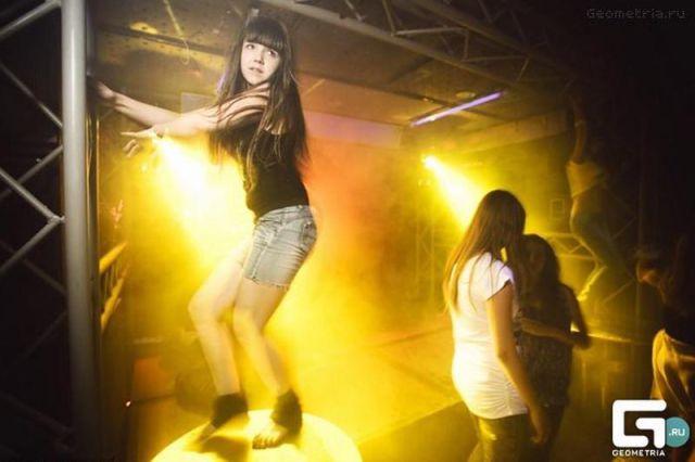 ロシアの子どもナイトクラブがひどい件21