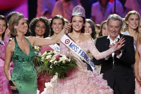 ミス・アルザスのデルフィーヌ・ウェスピザーさん(19)がミスフランスに!