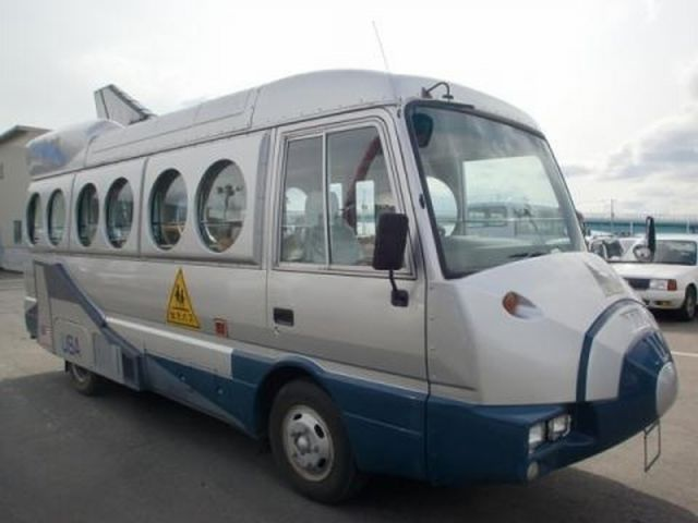 日本の幼稚園バスかわいすぎ! 海外の反応