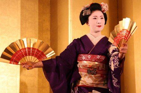 外国人には理解しにくい日本人にありがちな行動8パターン
