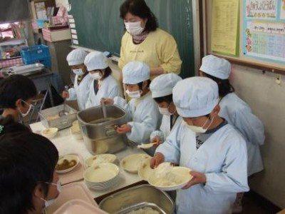 写真:応其小学校
