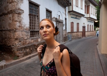 女性一人でも安全に「初めての海外旅行」を気ままに楽しむ6つの方法