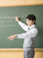 【外国人の反応】日本の学校の英語教師は外国人であるべきだと思う?