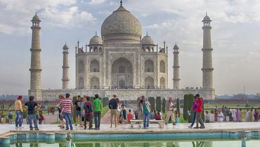 【海外旅行】世界の人気観光地で長い行列をさけるテクニック20選