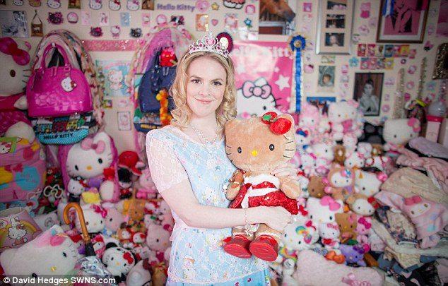 キティちゃん愛好家のナターシャさんの部屋が想像以上に凄まじい!画像