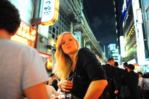 外人の日本人化?日本に移住してやらなくなったアメリカ人っぽいこと6パターン