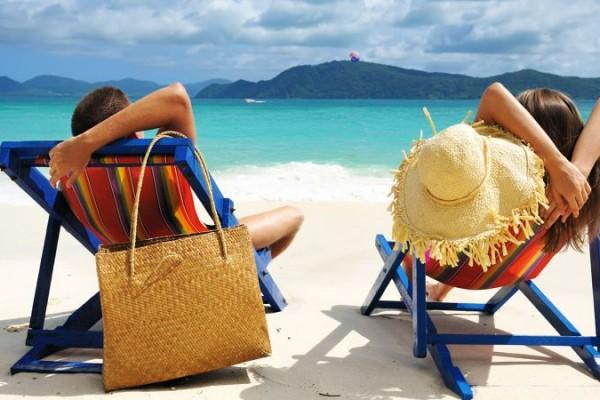 祝日を減らしてバカンスを!欧米型の長期休暇をつくるべき3つの理由