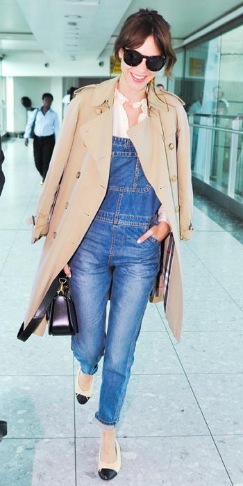 【旅行の服装】海外セレブが飛行機に乗るときのおしゃれな服装30選