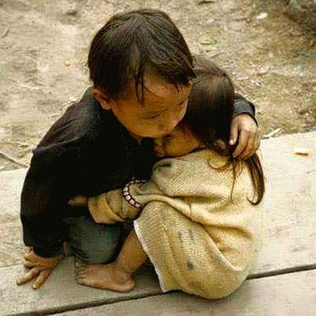 【感動する画像】涙なしでは見れない世界の泣ける話・感動する画像集