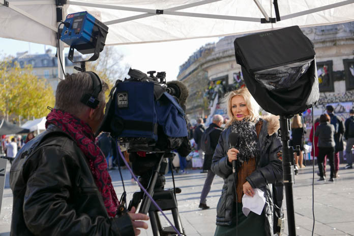 パリ同時多発テロ後のレピュブリック広場