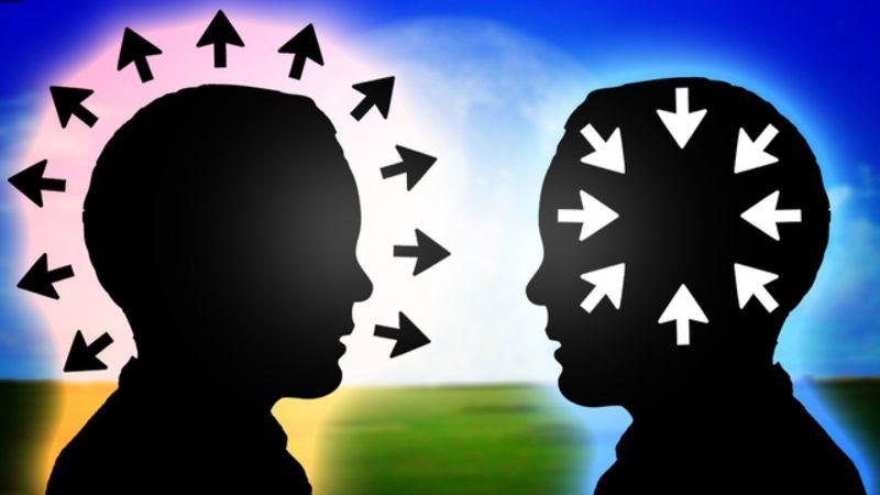 外向的or内向的、海外生活に向いている性格はどっち?