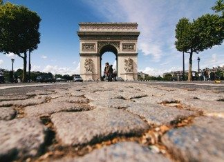 パリ旅行するなら、テロを恐れる人が多い今がおすすめ!理由4つ