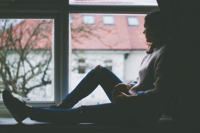 海外生活でうつ病になる女性の共通点~自分は迷惑な存在という思い込み