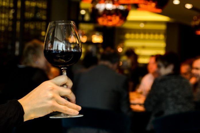 絶対に失敗しない!フランスのレストラン選び&注文9つの基本完全ガイド