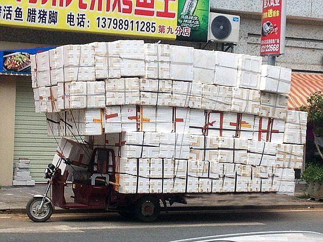 これが中国の日常だ!ありえない中国の交通事情が一目でわかる面白画像25枚
