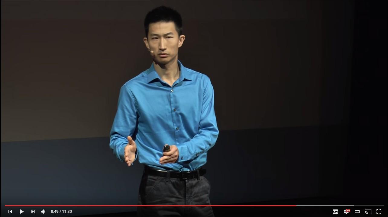 アジア人男性が白人女性にモテない3つの理由を説明した動画が面白い!